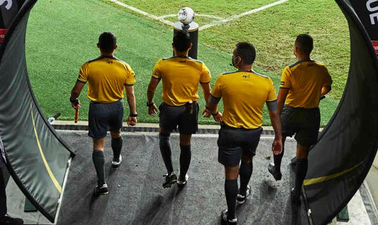 arbitros-cuartos-concacaf-2021-vuelta